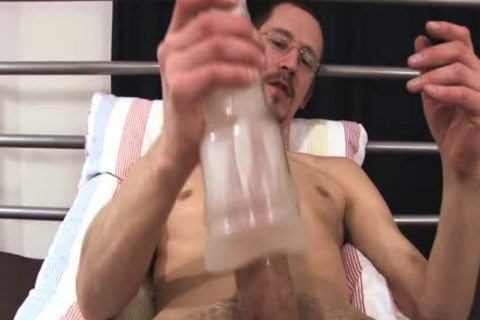 Joris likes To jerk off With His recent fake penis